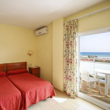 Hotel Tres Anclas. Double room with sea view.