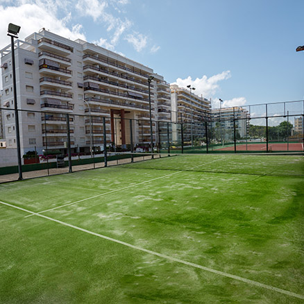 Hotel Tres Anclas paddle tennis courts
