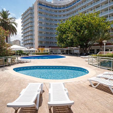Hotel Tres Anclas outdoor pools