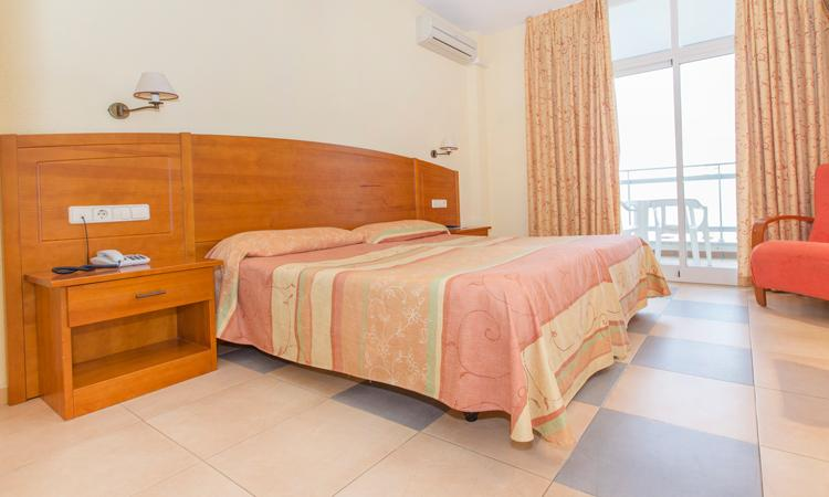 Double Room with terrace - 3